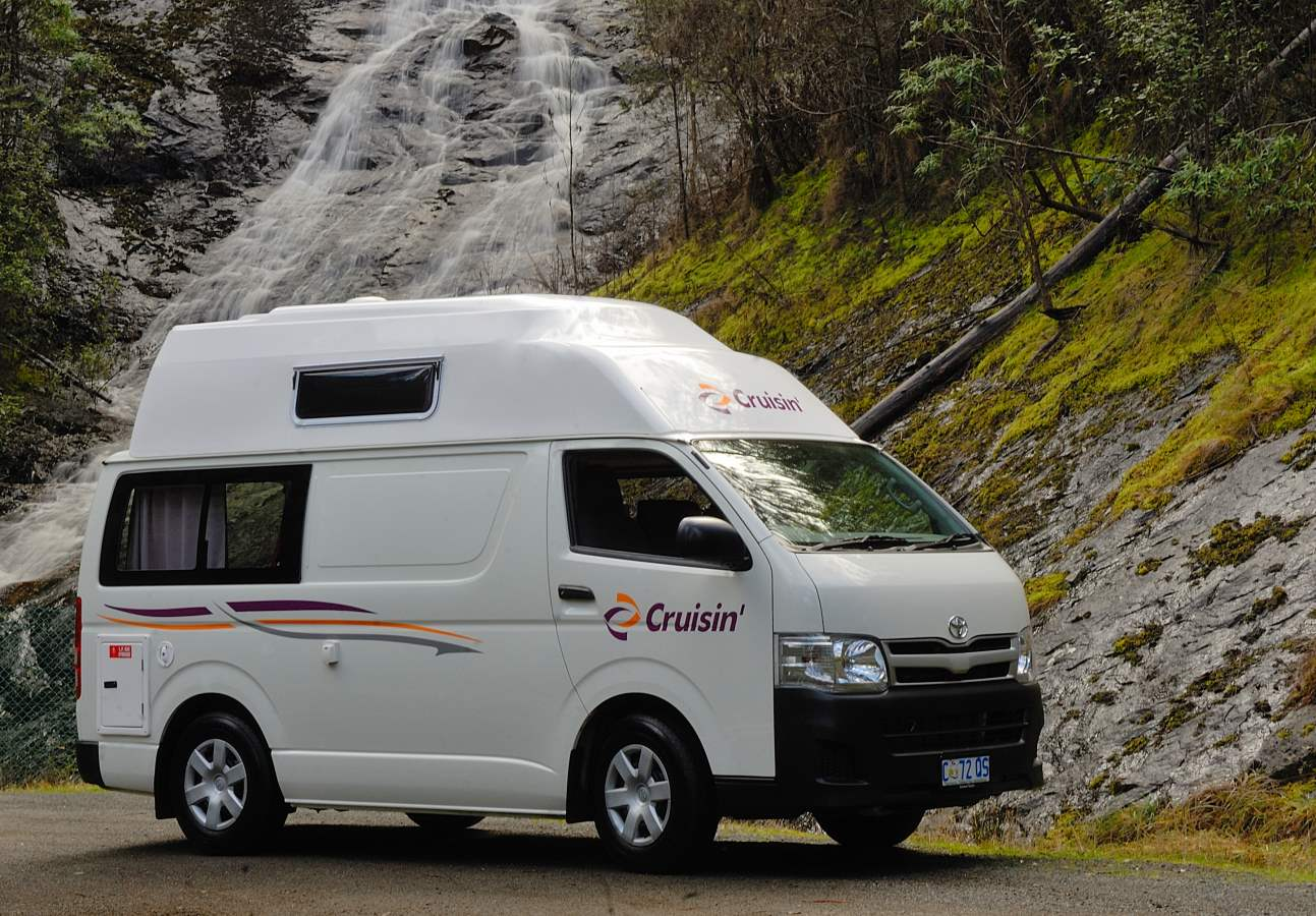 Cruisin Hi Top 2 Berth - RV Rental Sydney - Campervan Rental Shop