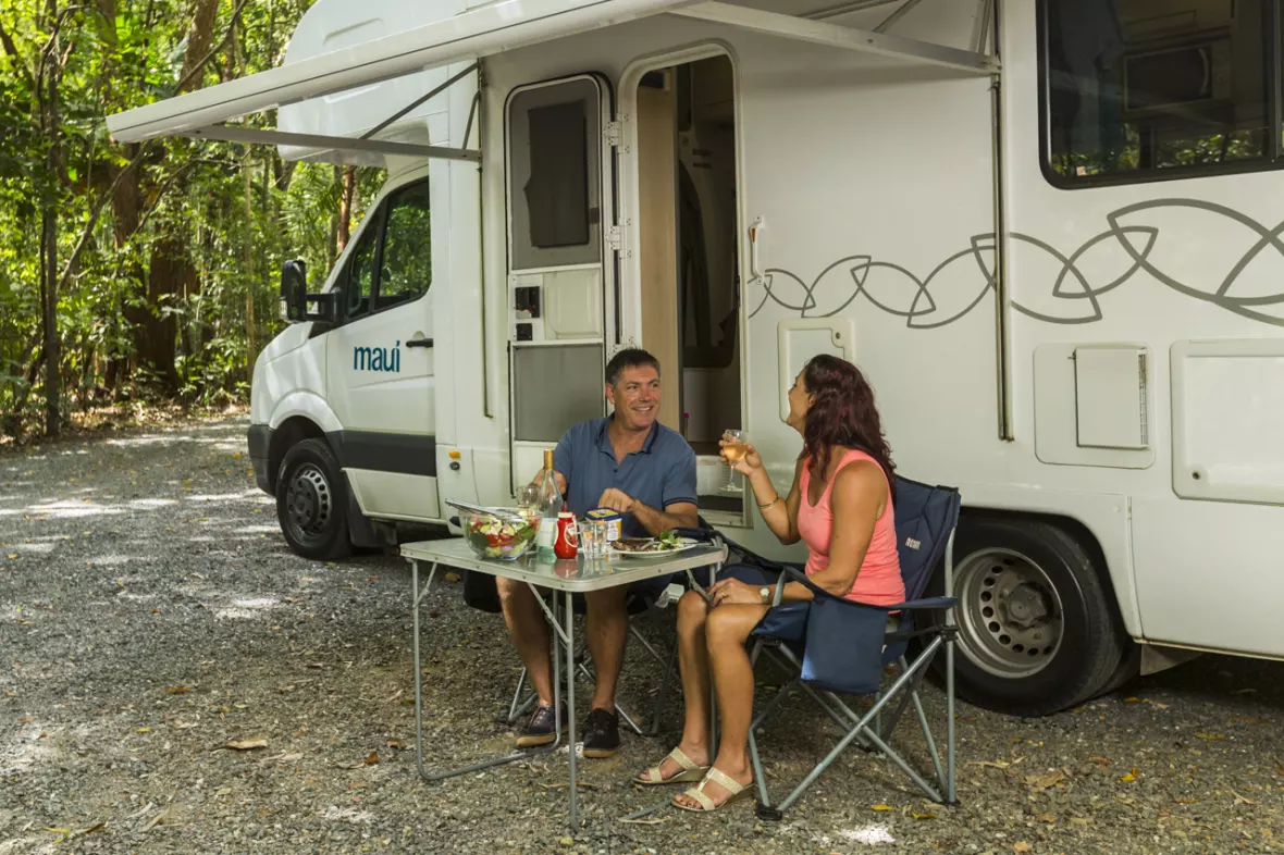 Man and Woman Eating 2 - RV Rental Canberra - Campervan Rental Shop