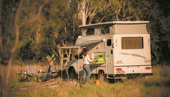 Apollo Adventure 4WD - Camper Rental Byron-Bay - Campervan Rental Shop