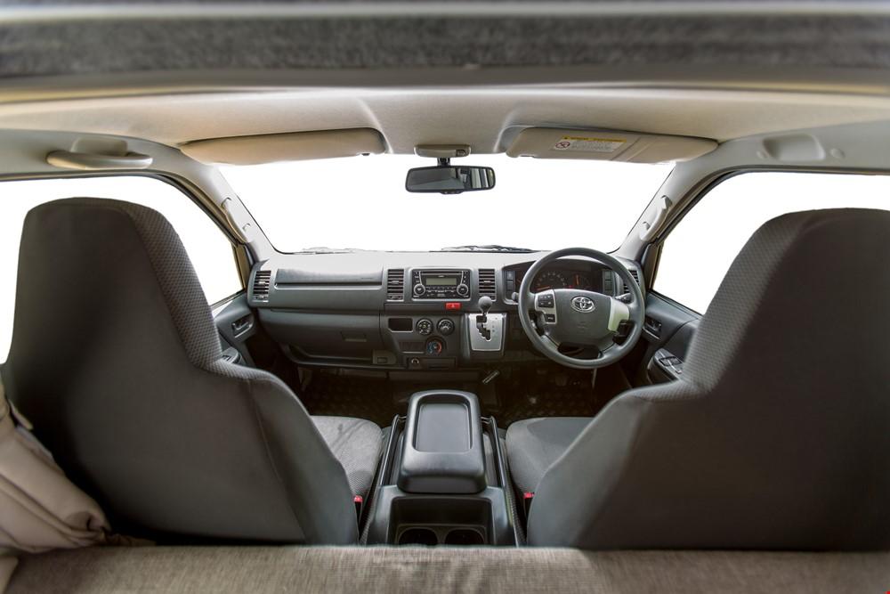 Cheapa Endeavour Front Seat - RV Rental Sydney - Campervan Rental Shop