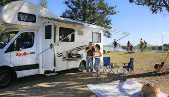 Couple Outdoor - Camper Rental Byron-Bay - Campervan Rental Shop